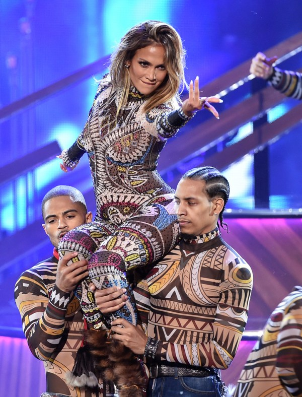 j lo 2015+American+Music+Awards opening act
