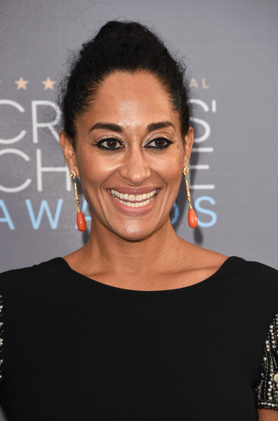 Tracee+Ellis+Ross+21st+Annual+Critics+Choice+1yjUMoDYXzhl