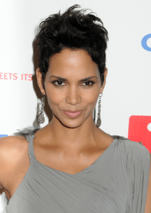 Perfect brows a la Halle Berry Getty Images