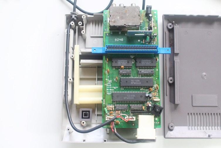 Grand Arrow Electronics GA-6000 Hot Boy famiclone motherboard