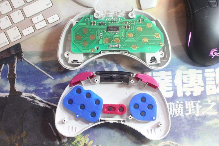 Sega Saturn HSS-0116 controller inside