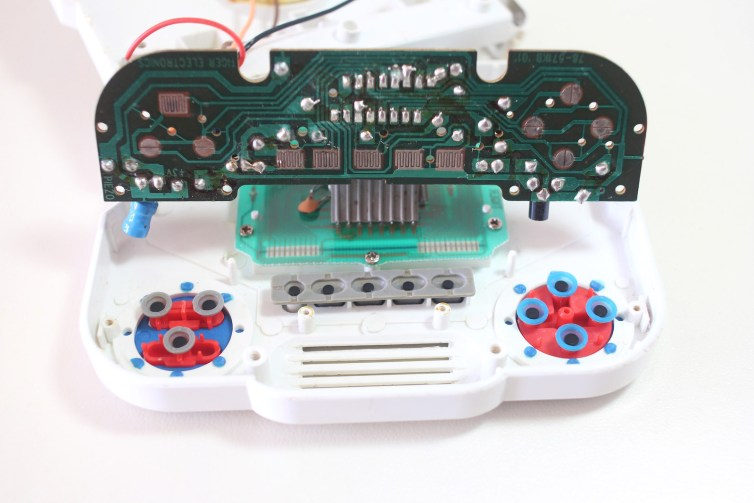 Button PCB inside the Sonic the Hedgehog 3 Tiger LCD Game