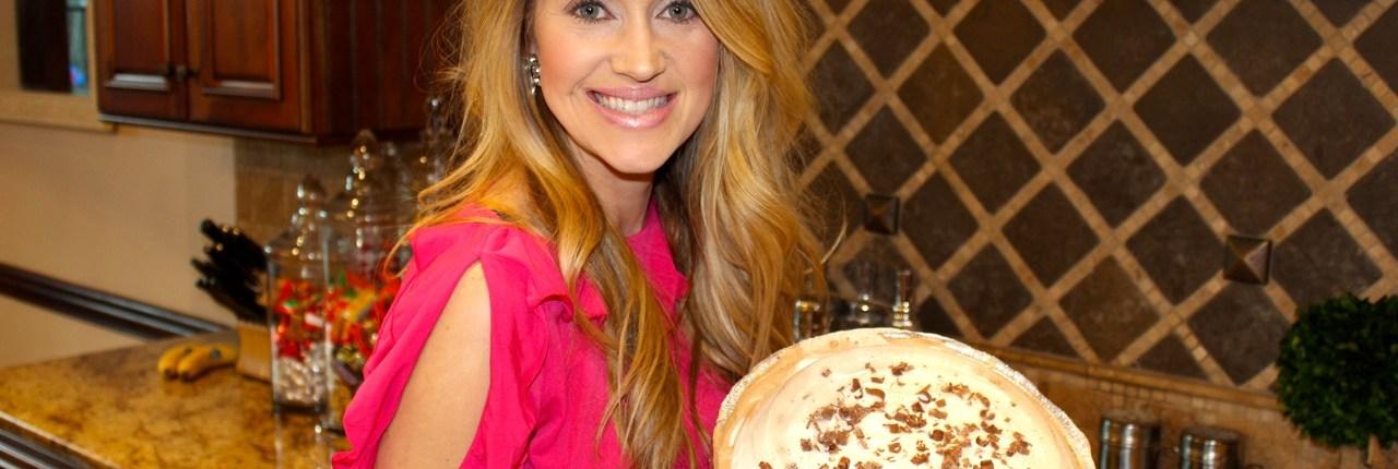 The most amazing & easiest Chocolate Pie Recipe