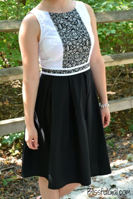 Deciding what to wear to a wedding can be a challenge. See what I think about shopping at eshakti.com!