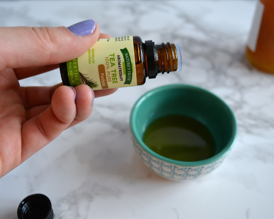 Easy Essential Oil Skincare Recipes- Essential Oils add so much to a skincare routine. I love adding them to baths, face masks and so much more!