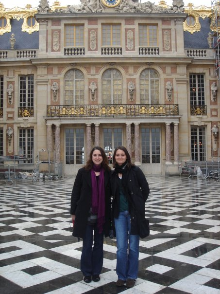 Simone and her sister at Versailles