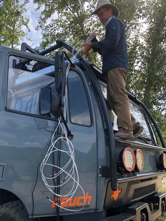 Cradlepoint antenna installation