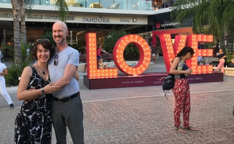 Curtiss & Ashley LOVE in Playa del Carmen