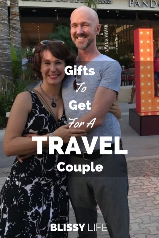 Gifts To Get For A TRAVEL Couple