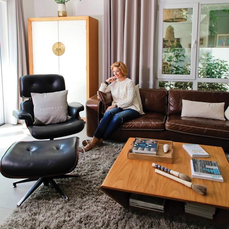 Alexandra Conti's living room