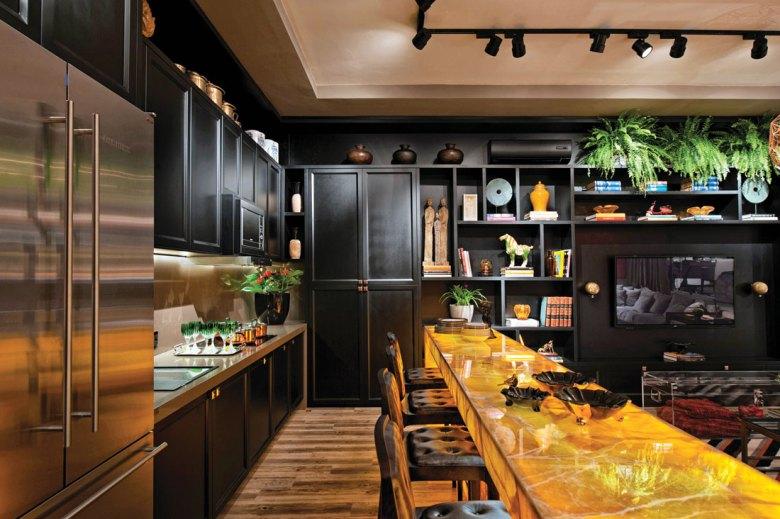 Quartz counter top with black cupboards kitchen