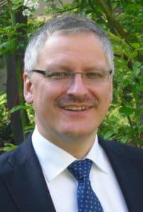 Michael Weißmann, seit 1. Dezember Caritasdirektor im Bistum Regensburg, absolvierte vor seinem Studium selbst die Ausbildung zum Krankenpfleger und weiß, wovon er spricht! Foto: privat