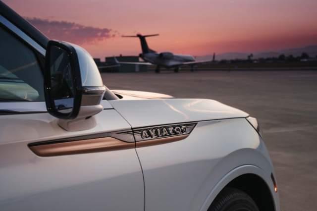 Lincoln x Shinola Aviator (8)