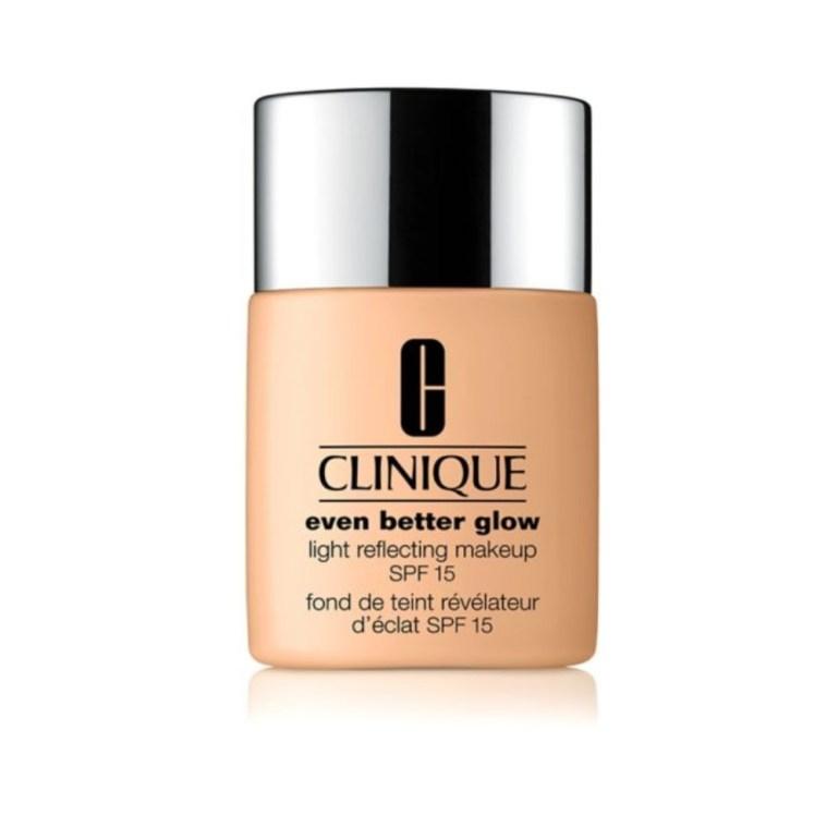 Clinique Even Better Glow Light Reflecting Makeup SPF 16