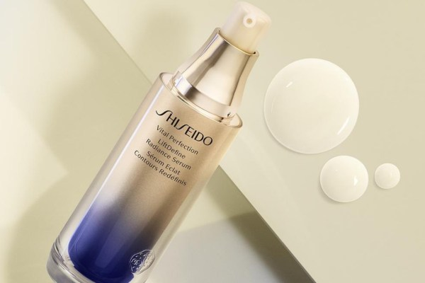 Shiseido Spring Lift – Receive a free gift worth £71 when you spend £50