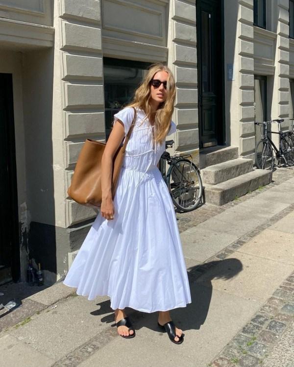 The Smock Dress: Amalie Moosgaard Nielsen