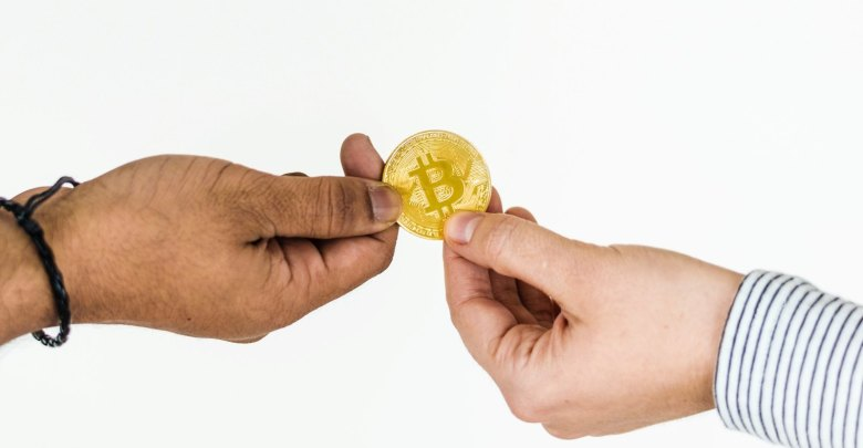 Average Person Should not Trade Bitcoin Futures, Says CEO of Chicago Mercantile Exchange