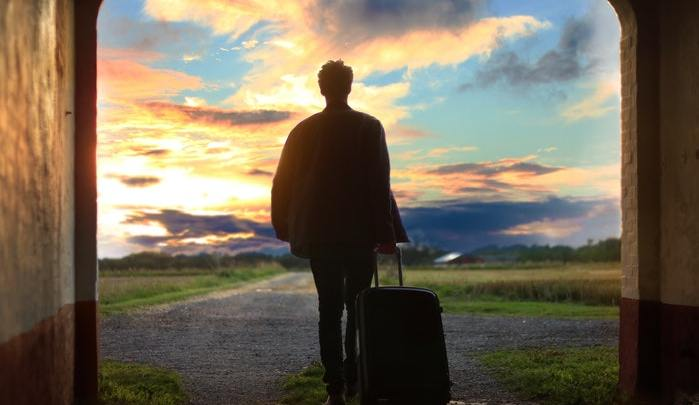 Is It Possible to Travel Around The World With Cryptocurrencies Only
