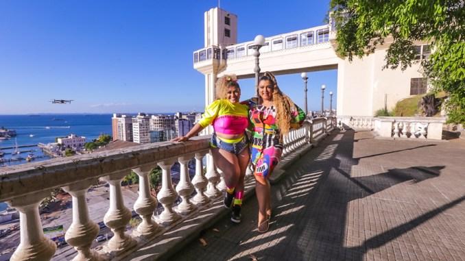 """""""Din Din Dom"""", uma das apostas de Preta Gil para este verão, gravado com Aila Menezes, ganha videoclipe gravado em Salvador"""