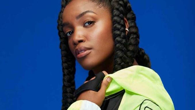 """IZA é a nova diretora criativa da Olympikus: """"É preciso ter pessoas negras na publicidade e na moda"""""""