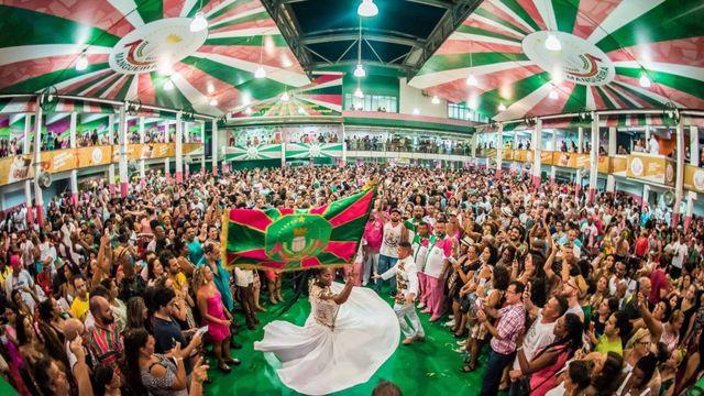 Live da Mangueira vai animar o Carnaval de quem ficar em casa