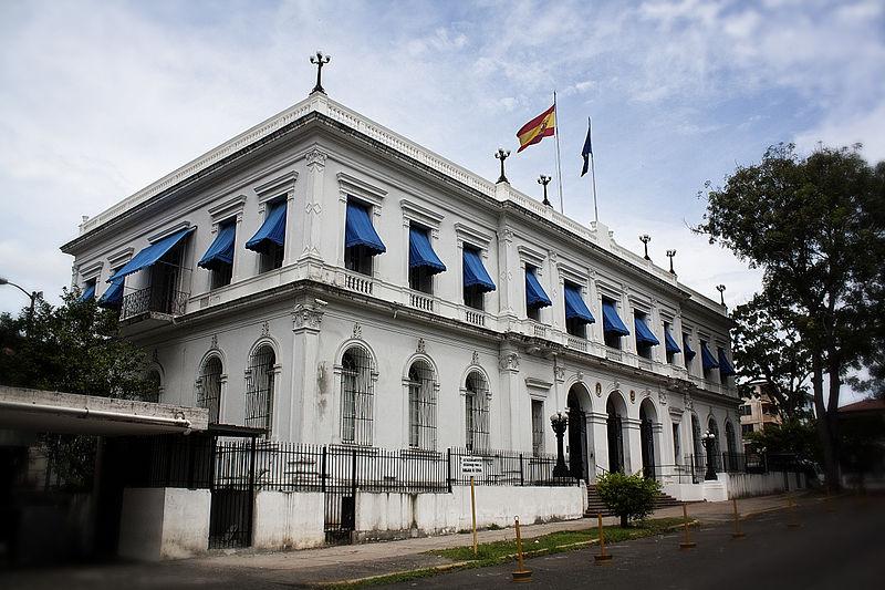 800px-Embajada_de_España_4,_Panamá