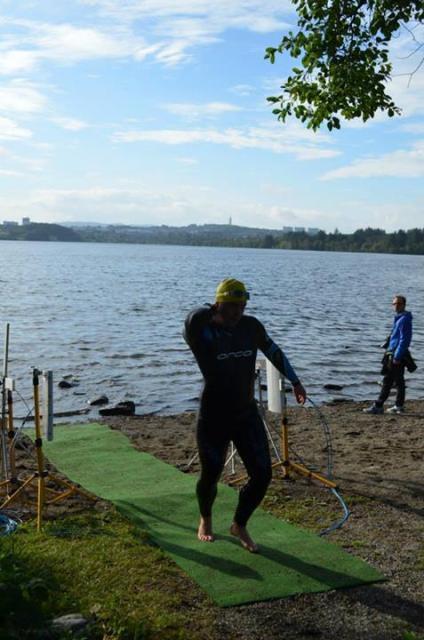 Meg på vei opp fra vannet. Where to go, where to go... Foto: Kelly Isenberger (via Facebook)