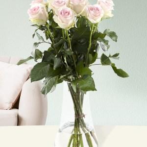 10 zachtroze rozen - Sweet Revival| Rozen online bestellen & versturen | Surprose.nl