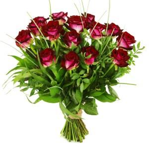 15 Rode rozen versturen bestellen of bezorgen