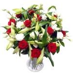 Rode rozen & witte lelie's bestellen of bezorgen