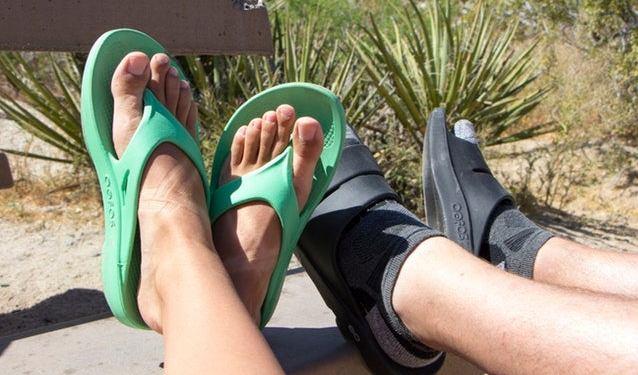 oofos sandals