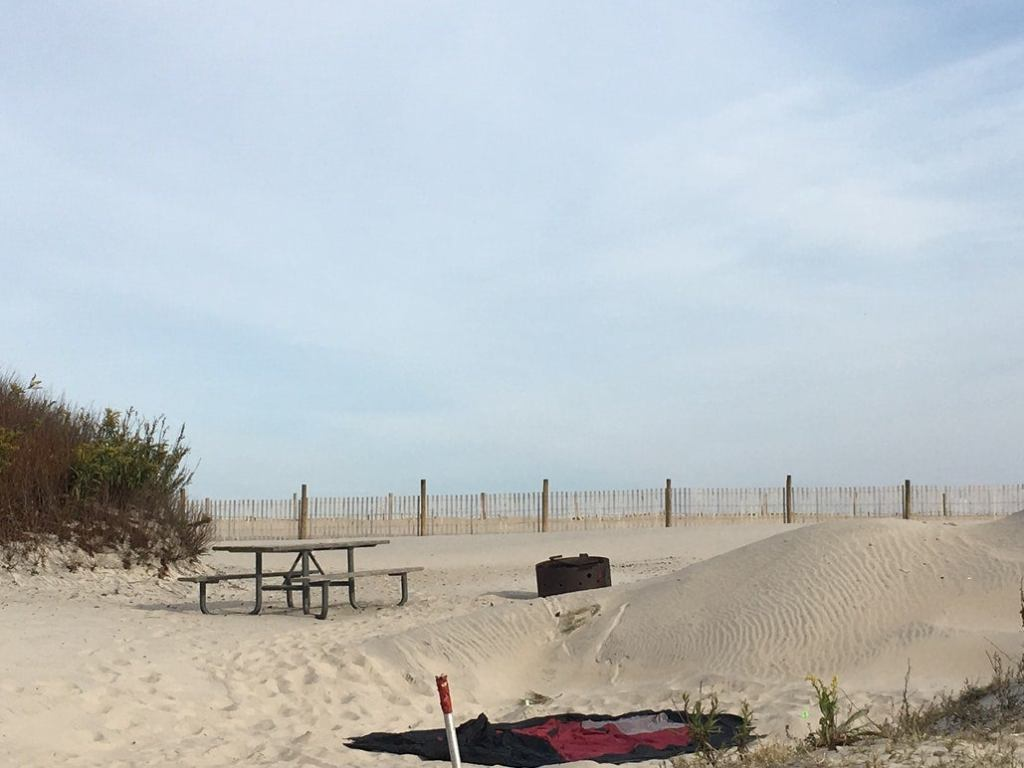a sandy beach campsite on the shore of maryland