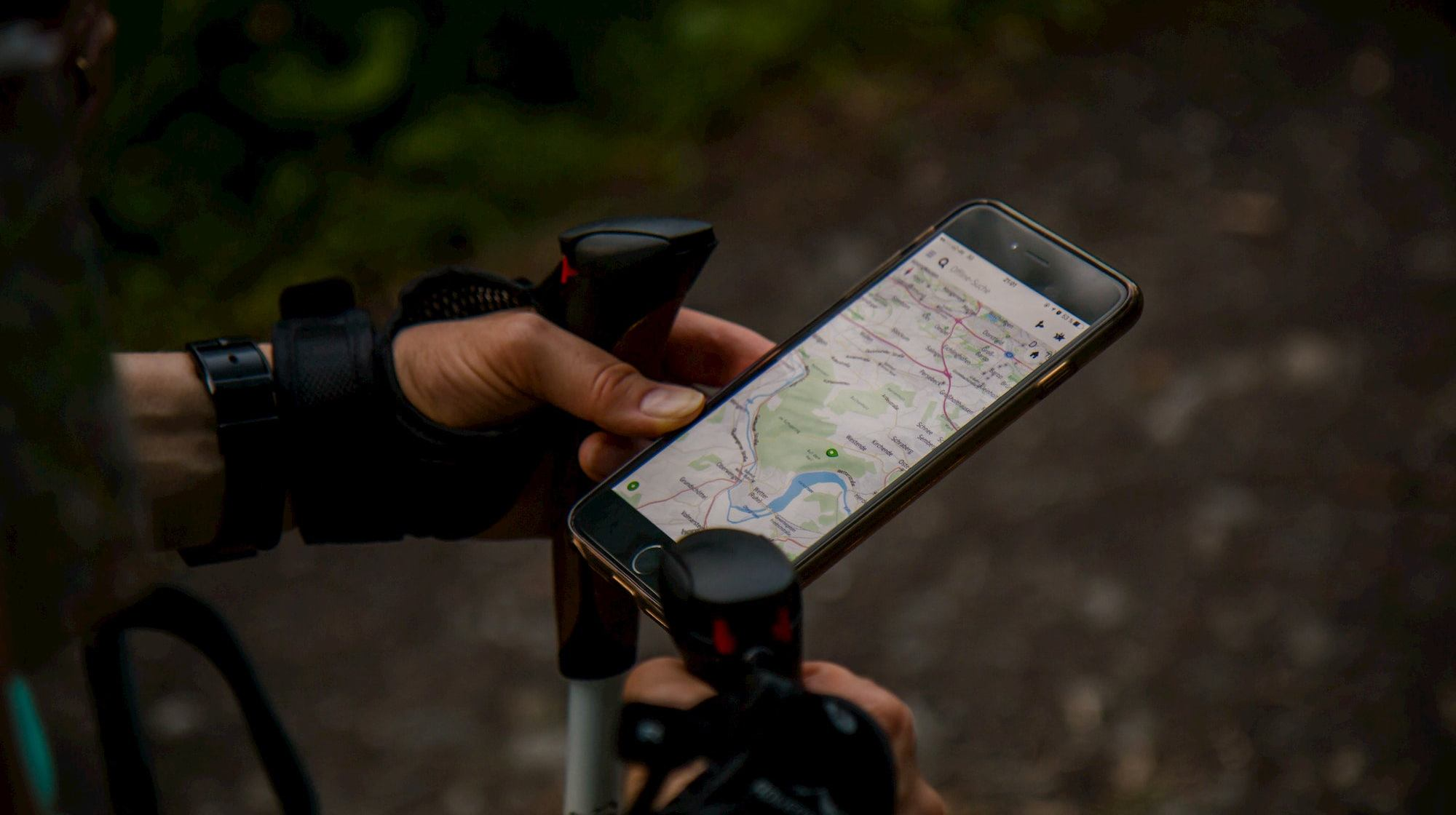 10 Best Navigation Apps for Hikers and Backcountry Explorers