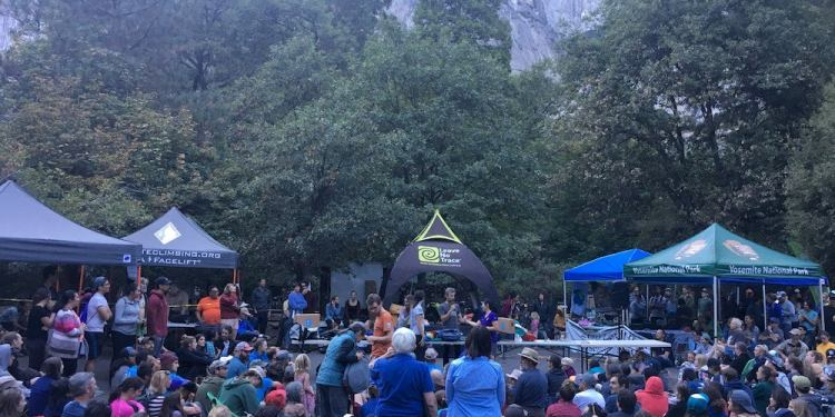 a crowd of attendees in yosemite national park