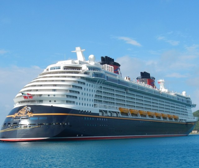 Comparing The Cost Of A Disney Cruise Line Vacation To Walt Disney World