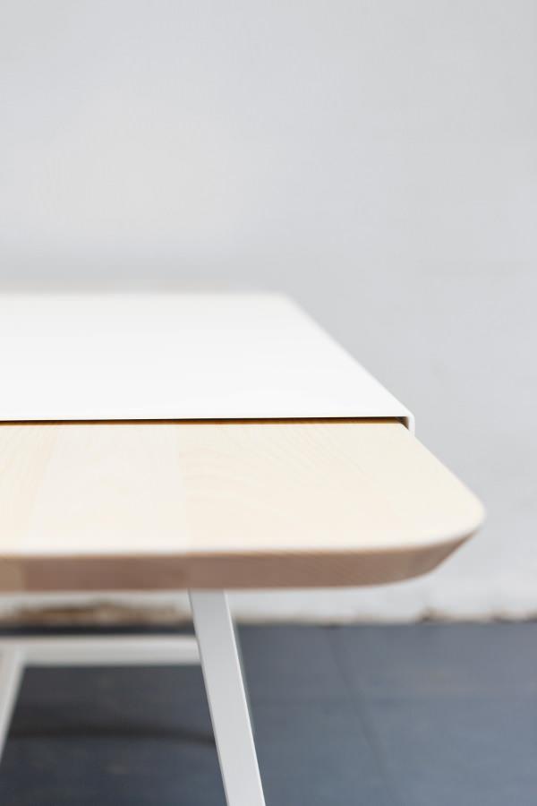 Judd La Table Rallonge Par Le Studio Trust In Design