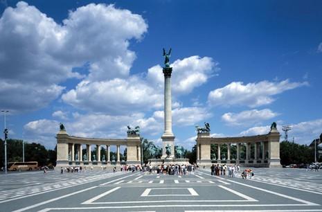 Taxe sur le web en Hongrie
