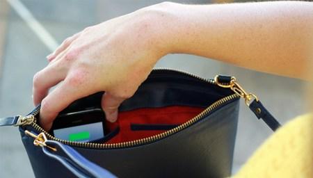 sac recharger smartphone