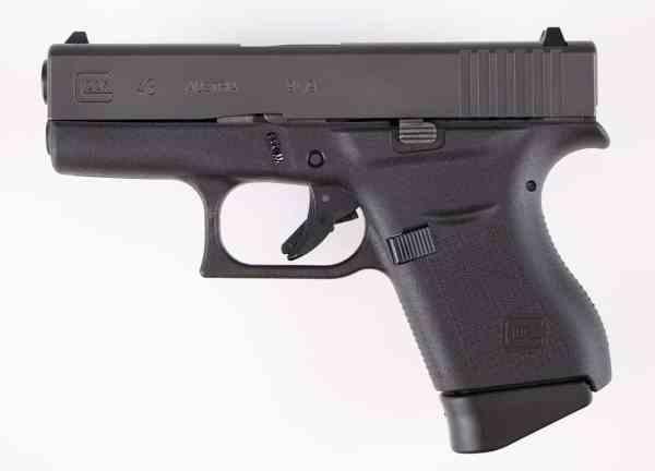 Glock 43 vs. Glock 19 - A Polymer Pistol Comparison