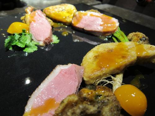 フォワグラと牡蠣と鴨の皿