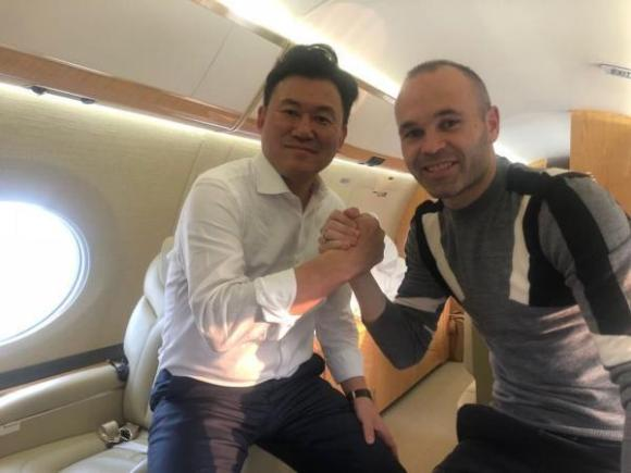 Iniesta announces he will play for Japanese club Vissel Kobe
