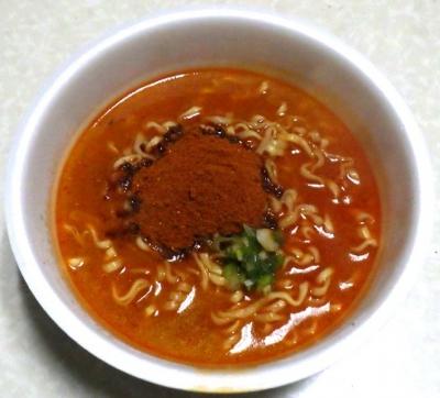 2/18発売 麺処井の庄監修 辛辛魚らーめん(2019年)(できあがり)