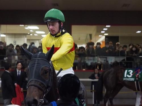 【フェブラリーS】名手マーフィーが1600は無理と断言した馬を買うアホwww
