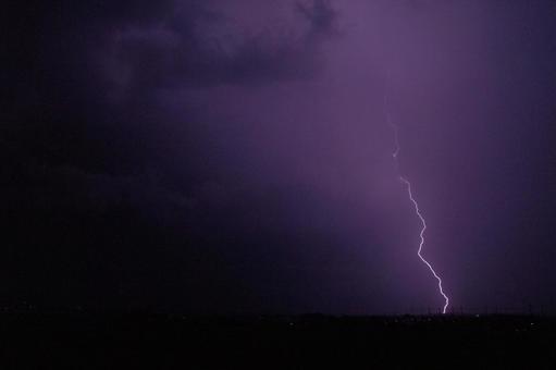 thunderbolt4645.jpg