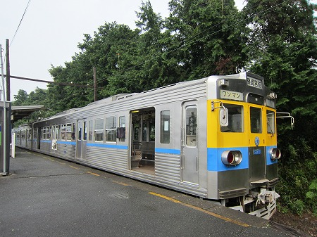 御代志駅 2
