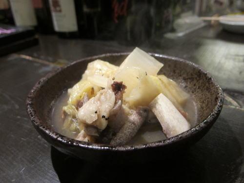 骨付き牛肉と白菜の煮込み