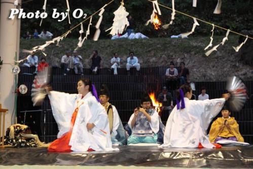 第16回かがり火コンサート 松前神楽 八乙女舞