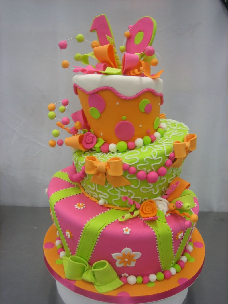 Cake Decoration Accessories : Cake Decorating Ideas: Types of Wedding Cakes herohymab