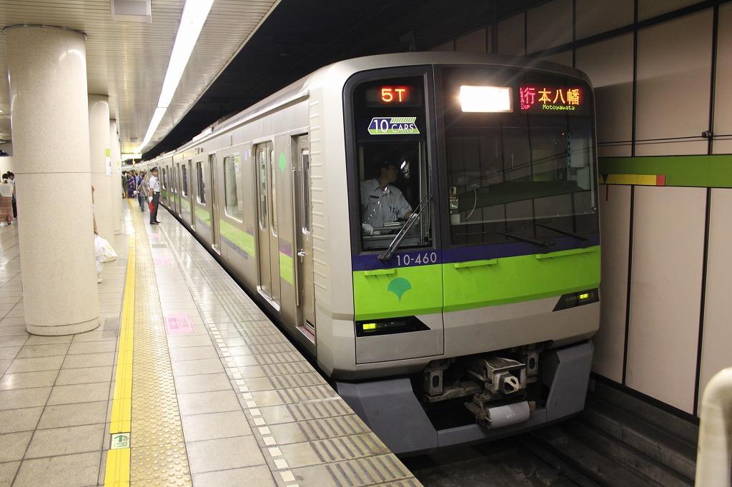 2012年8月4日 都営新宿線-江戸川花火大會開催による臨時ダイヤ   しろまくえくすぷれす。