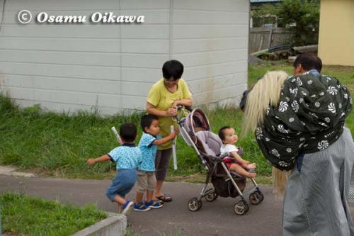上ノ国町 石崎八幡神社 行列 獅子を見て逃げる
